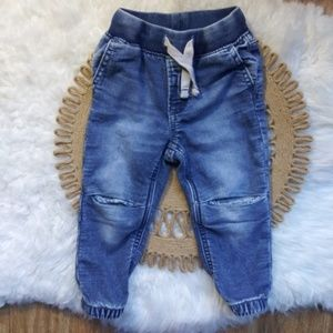 ⚡  Baby GAP Baby Relaxed Jeans with Knee details
